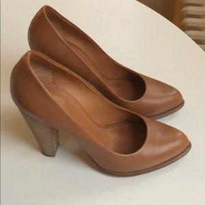 Celine Pump Heels, Excellent Condition, 38 & 38.5